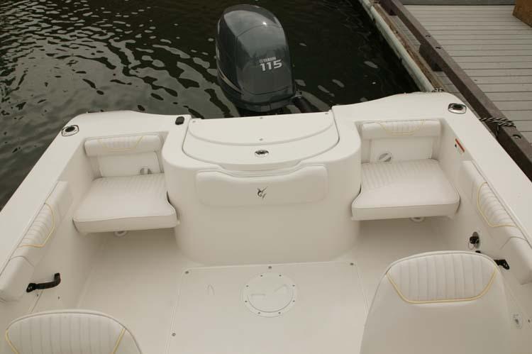 l_Seaswirl_Boats_1851_Dual_Console_O_B_2007_AI-234526_II-11266433