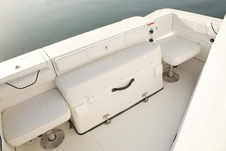 l_Seaswirl_Boats_2101_Dual_Console_I_O_2007_AI-234438_II-11264414