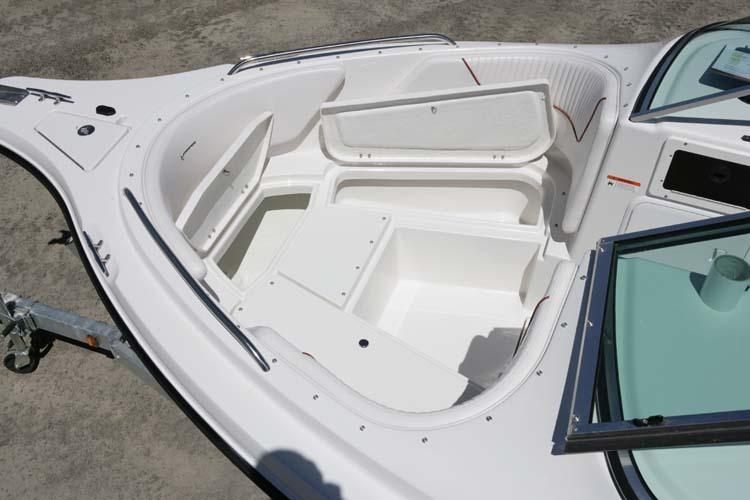 l_Seaswirl_Boats_2101_Dual_Console_I_O_2007_AI-234438_II-11264416