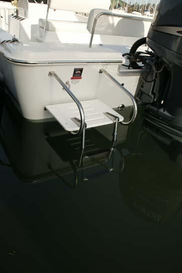 l_Seaswirl_Boats_2152_Bay_Boat_O_B_2007_AI-234452_II-11264587