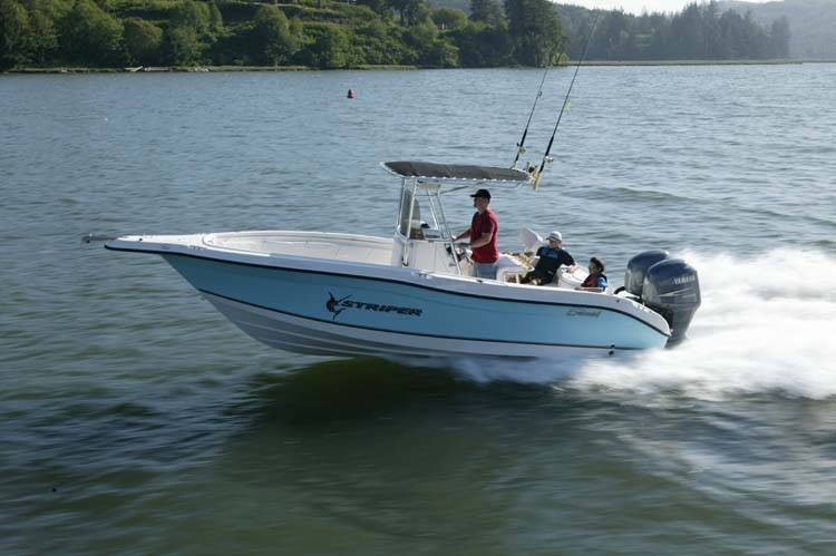 l_Seaswirl_Boats_2301_Center_Console_O_B_2007_AI-234450_II-11264546