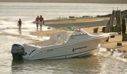 Seaswirl Boats 2301 Dual Console Boat