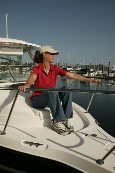 l_Seaswirl_Boats_2301_Walk_Around_I_O_2007_AI-234440_II-11264445
