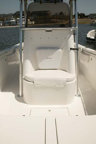 l_Seaswirl_Boats_2601_Center_Console_O_B_2007_AI-234681_II-11268764