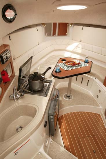 l_Seaswirl_Boats_2901_Walk_Around_O_B_2007_AI-234430_II-11264296