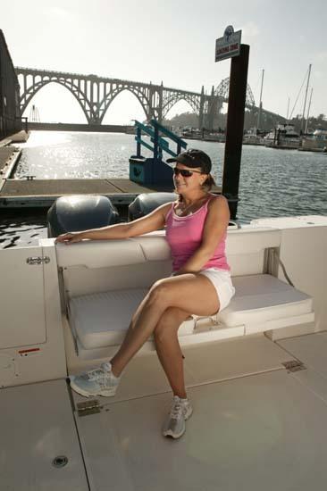 l_Seaswirl_Boats_2901_Walk_Around_O_B_2007_AI-234430_II-11264298