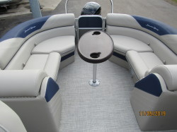 2019 20' SOUTH BAY PONTOON WITH MERCURY 90HP EFI FOUR STROKE