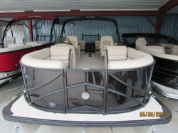 2019 24' SOUTH BAY PONTOON 3.0 WITH MERCURY 200L DTS MOTOR