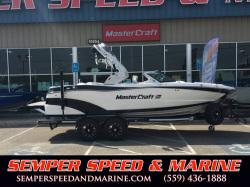 2017 - Mastercraft Boats - XT21