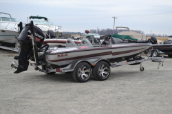2013 - Bass Cat Boats - Pantera IV DC