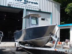 2017 - Silver Streak Boats - 185- Center Console
