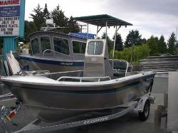 2017 - Silver Streak Boats - 17- Center Console