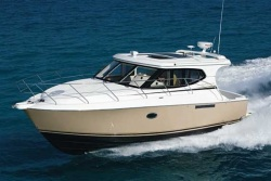 2017 - Silverton Yachts - 33 Sport Coupe