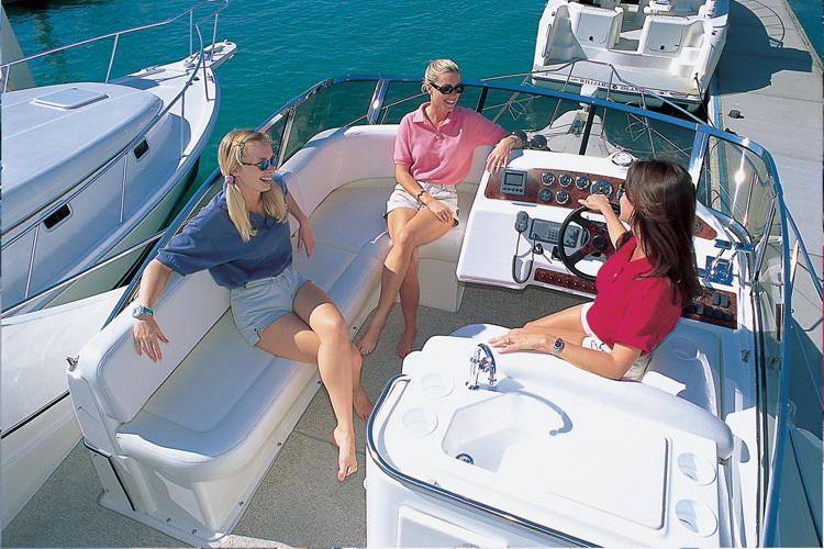 l_Silverton_Yachts_-_330_Sport_Bridge_2007_AI-248751_II-11437342