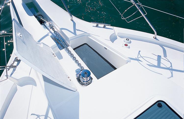 l_Silverton_Yachts_-_330_Sport_Bridge_2007_AI-248751_II-11437346