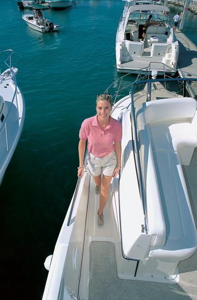 l_Silverton_Yachts_-_330_Sport_Bridge_2007_AI-248751_II-11437352