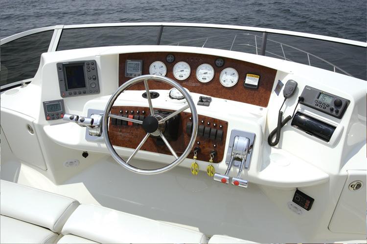 l_Silverton_Yachts_-_38_Sport_Bridge_2007_AI-248754_II-11437371