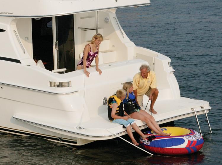 l_Silverton_Yachts_-_38_Sport_Bridge_2007_AI-248754_II-11437383