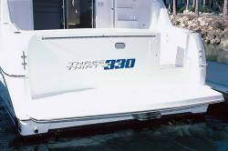Silverton Yachts 330 Sport Bridge