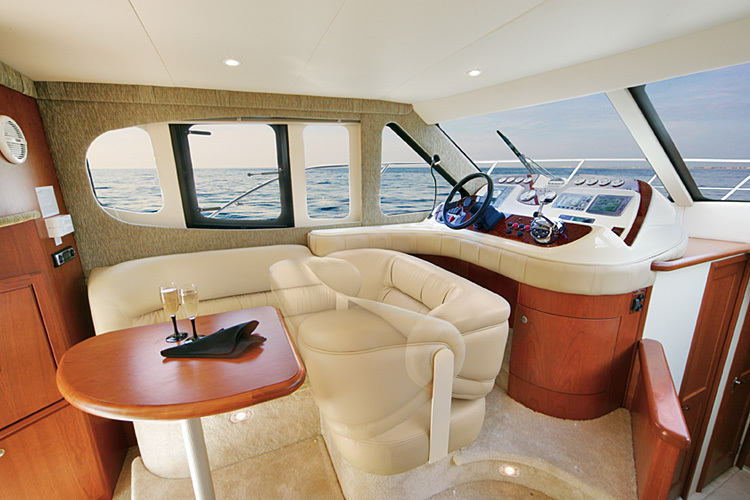 l_Silverton_Yachts_36_Convertible_2007_AI-248773_II-11437960
