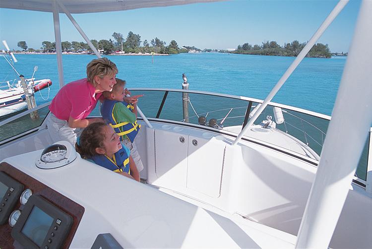 l_Silverton_Yachts_38_Convertible_2007_AI-248772_II-11438069