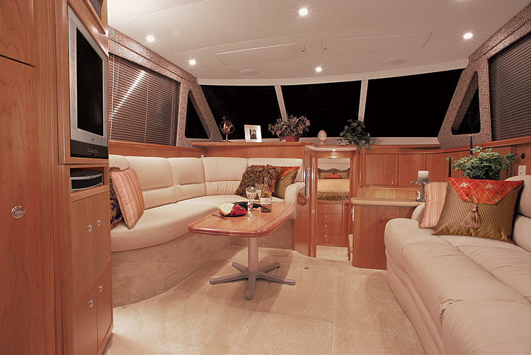l_Silverton_Yachts_38_Convertible_2007_AI-248772_II-11438075