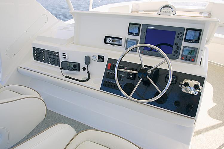 l_Silverton_Yachts_45_Convertible_2007_AI-248871_II-11438236