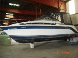 1989 Carver Yachts 2357 MONTEGO Bay City MI