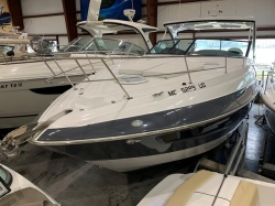 2018 Cruisers Yachts 35 EXPRESS Grand Haven MI