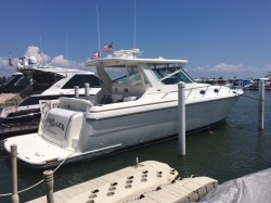 2001 Tiara Yachts 4000 EXPRESS Harrison Township MI