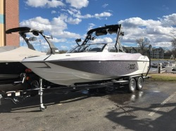 2017  Wakeboard Boat T23 Madison WI