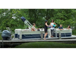 2017 Marine Pontoon EX 18 C Madison WI