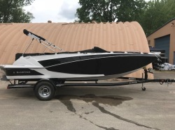 2018 Glastron Boats Deck Boat GTD 205 Madison WI