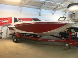 2018 Glastron Boats Deck Boat GTD 180 Madison WI