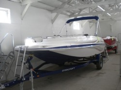 2018 Marine Deckboat Limited 1915 OB Madison WI