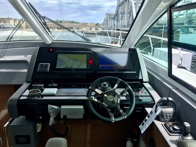 2018 Cruisers Yachts 60 Cantius Winthrop Harbor IL for Sale