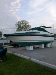 1988 Sea Ray Boats 268 SUNDANCER Oshkosh WI