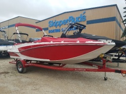 2018 Glastron Boats Deck Boat GTD 205 Pewaukee WI