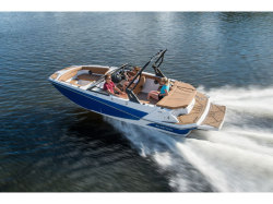 2018  Deck Boat GTD 205 Pewaukee WI