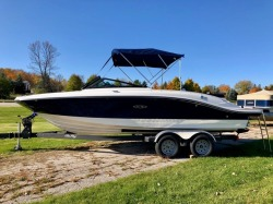 2019 Sea Ray Boats 210SPX Sturgeon Bay WI