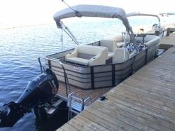 2016 - Crest I 220 SLRD Pontoon Boats