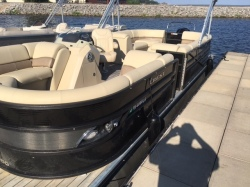2016 - Crest II SLC Tritoon Pontoon Boats