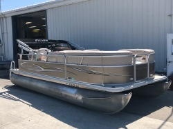 2013 Marine Mirage Cruise 820 CR Russells Point OH