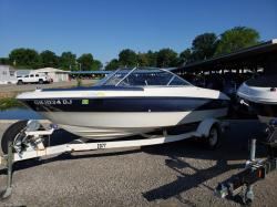 2002 Bayliner 180 Capri Russells Point OH