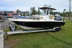 Tidewater Boats - 2500 Carolina Bay