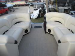 Landau 26' Island Breeze Tritoon / 150 4-stroke Outboard