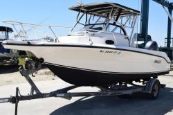 2004 - Angler Boats - 2100WA Like New!!