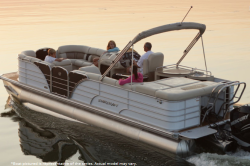 2013 - Starcraft Boats - Majestic 256 Starliner