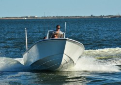 2013 - Steiger Craft Boats - 19 Center Console
