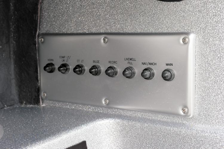l_385xf_electrical